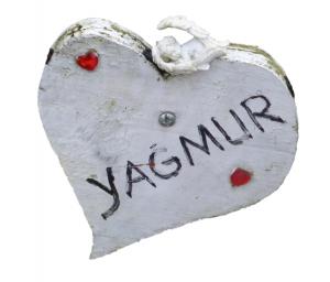 yagmur-grab-herz